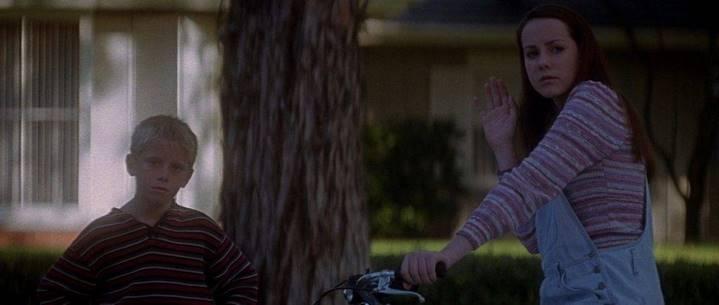Gretchen (Jena Malone) à la fin de Donnie Darko.