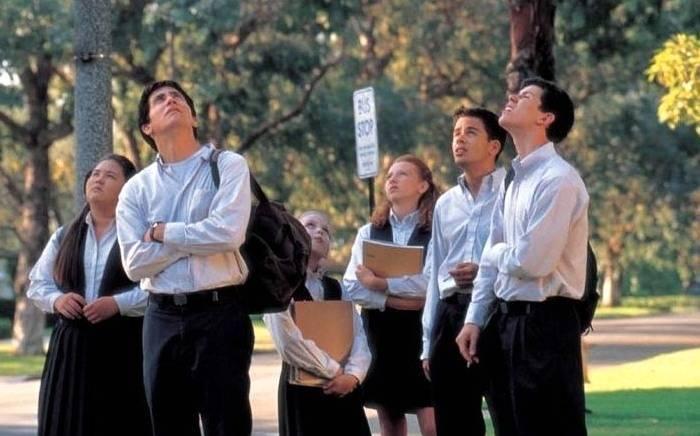 Guetter les signes... Image du film Donnie Darko.